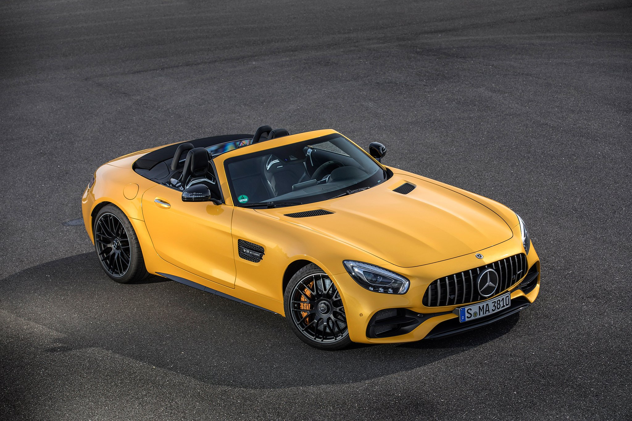 Mercedes amg gt family desktop wallpapers photos for Mercedes benz amg gt coupe price