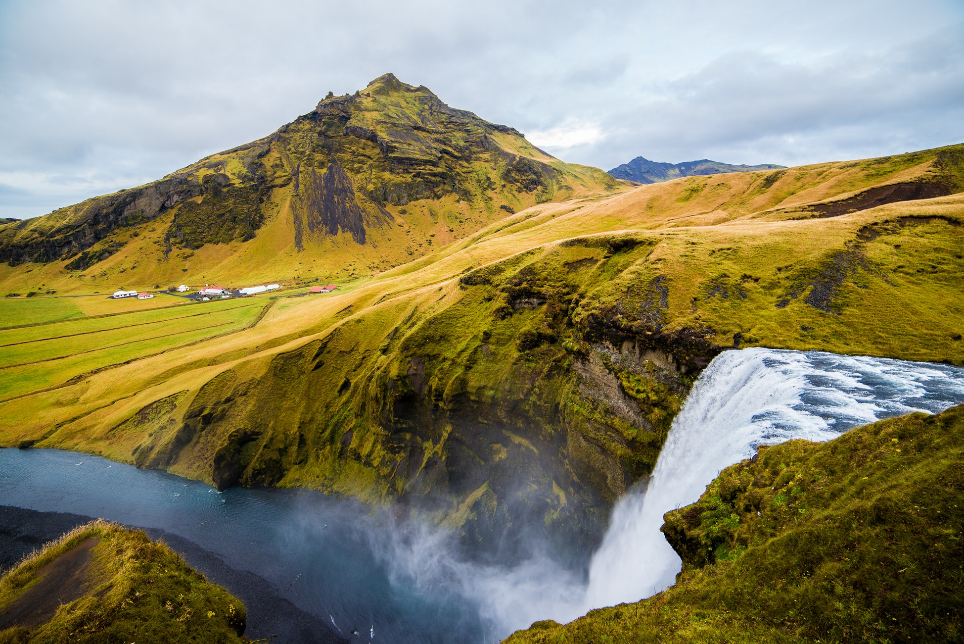 Iceland Mountain Waterfall Photo Background