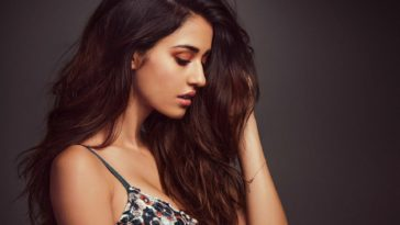 Disha Patani Hot Photo Wallpaper