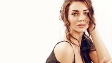 Actress Amy Jackson-Beauty Photo Wallpaper 1920x1200