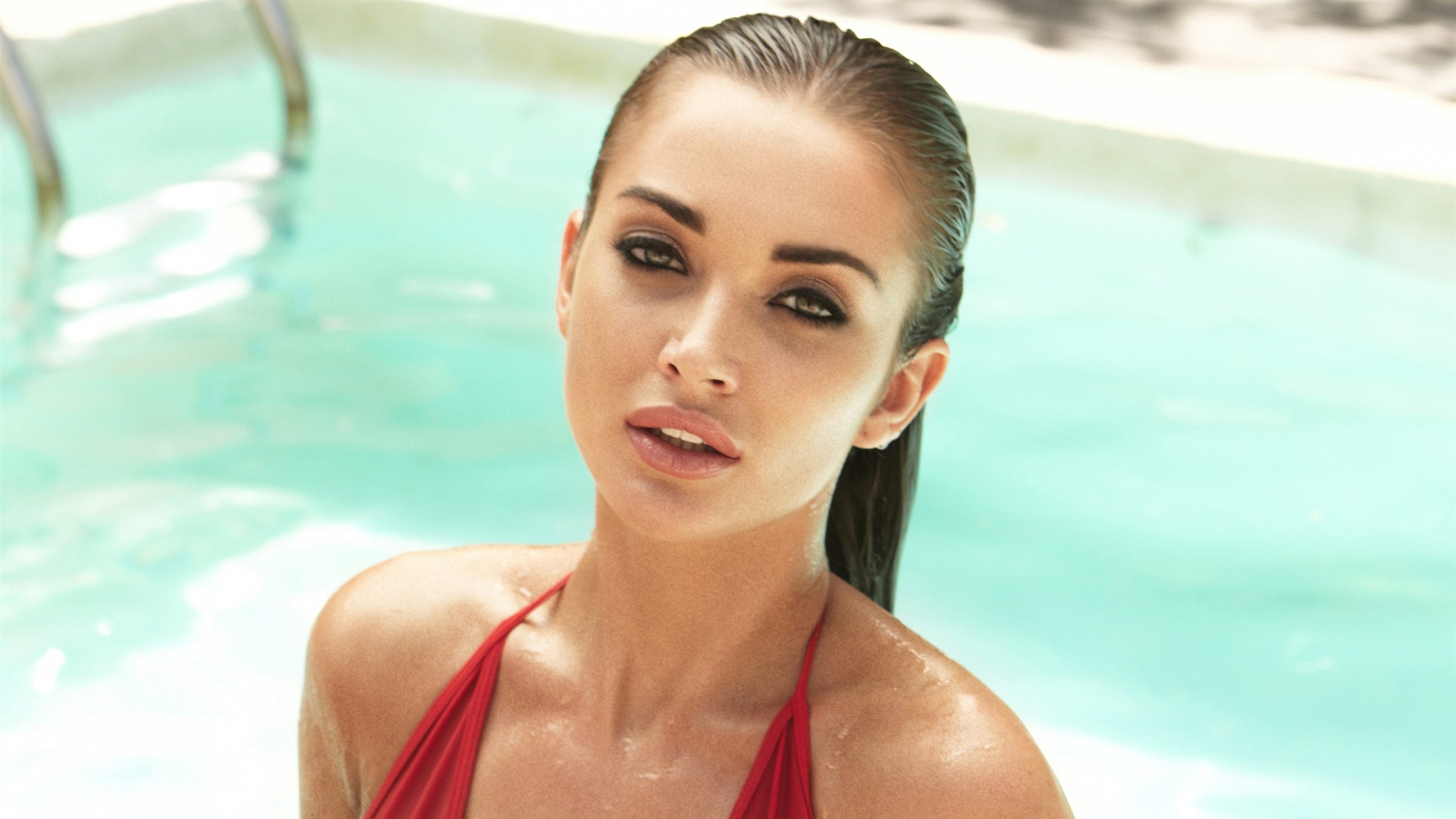 Amy Jackson Hot Photo Wallpaper