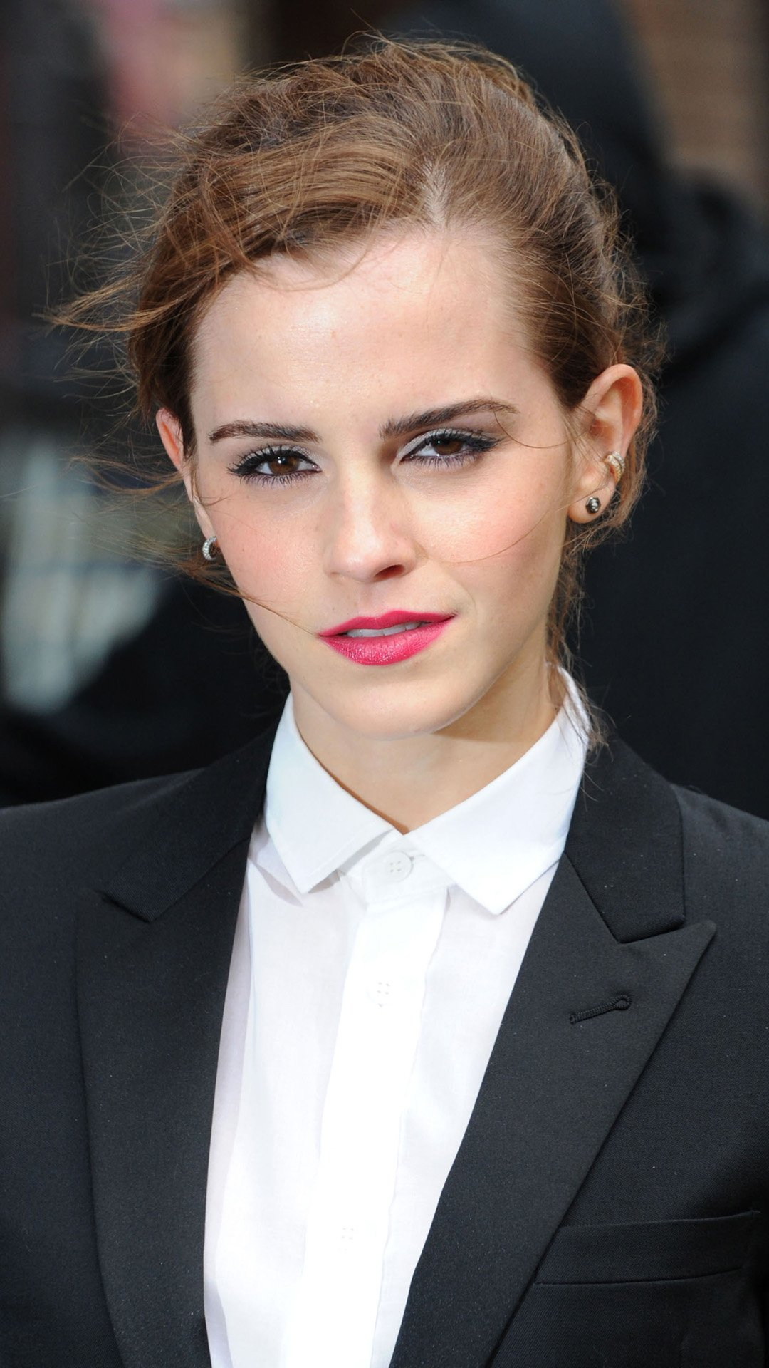 Emma Watson Suit Dress iPhone Wallpaper