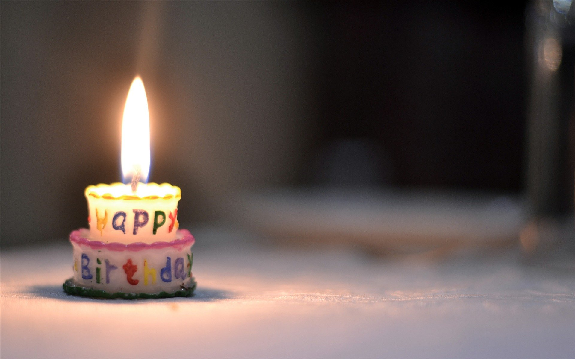 Happy Birthday cake candle flame Wallpaper 1920x1200