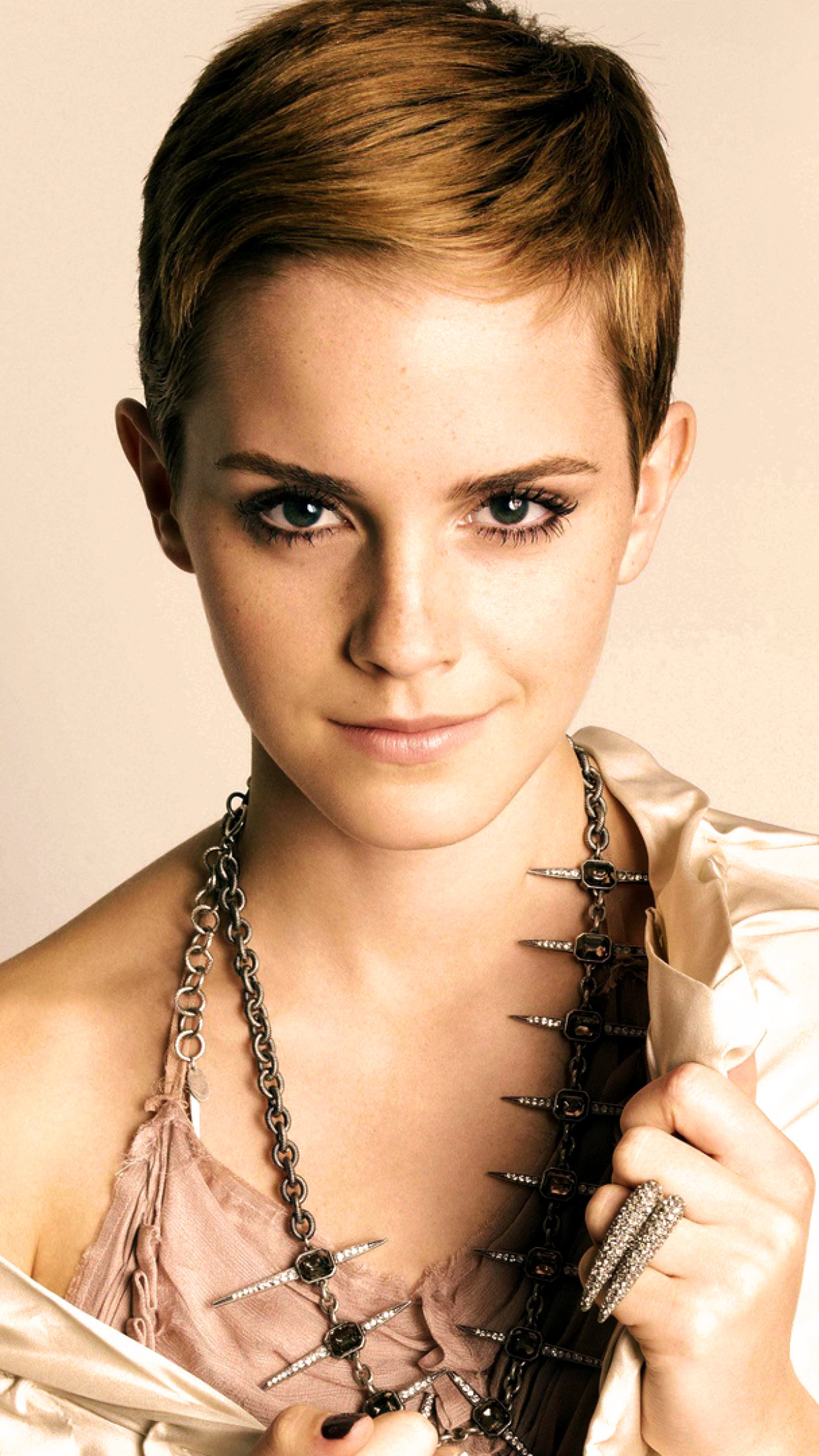 Hot Emma Watson iPhone Wallpaper