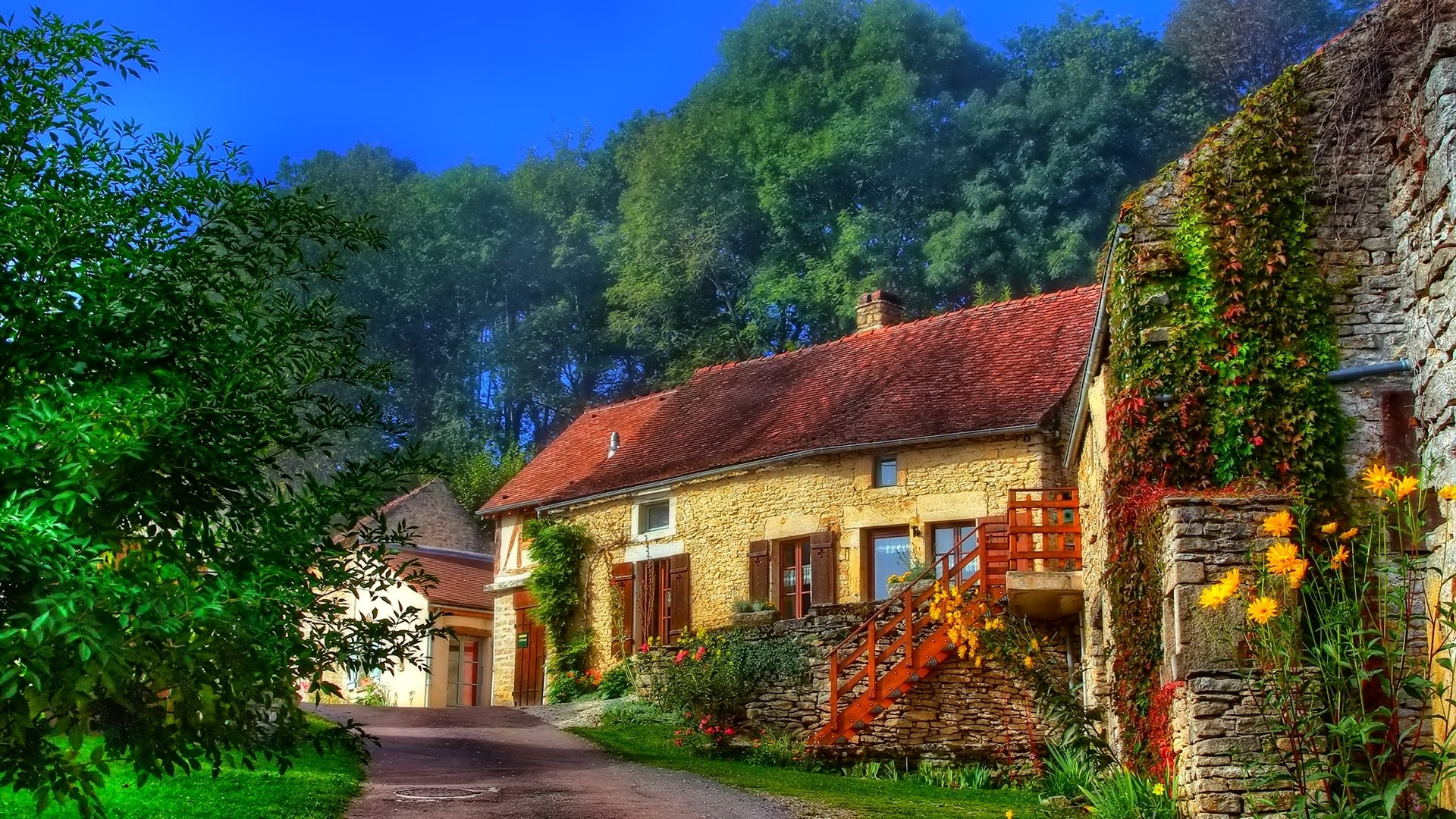 Houses in the Countryside Wallpaper