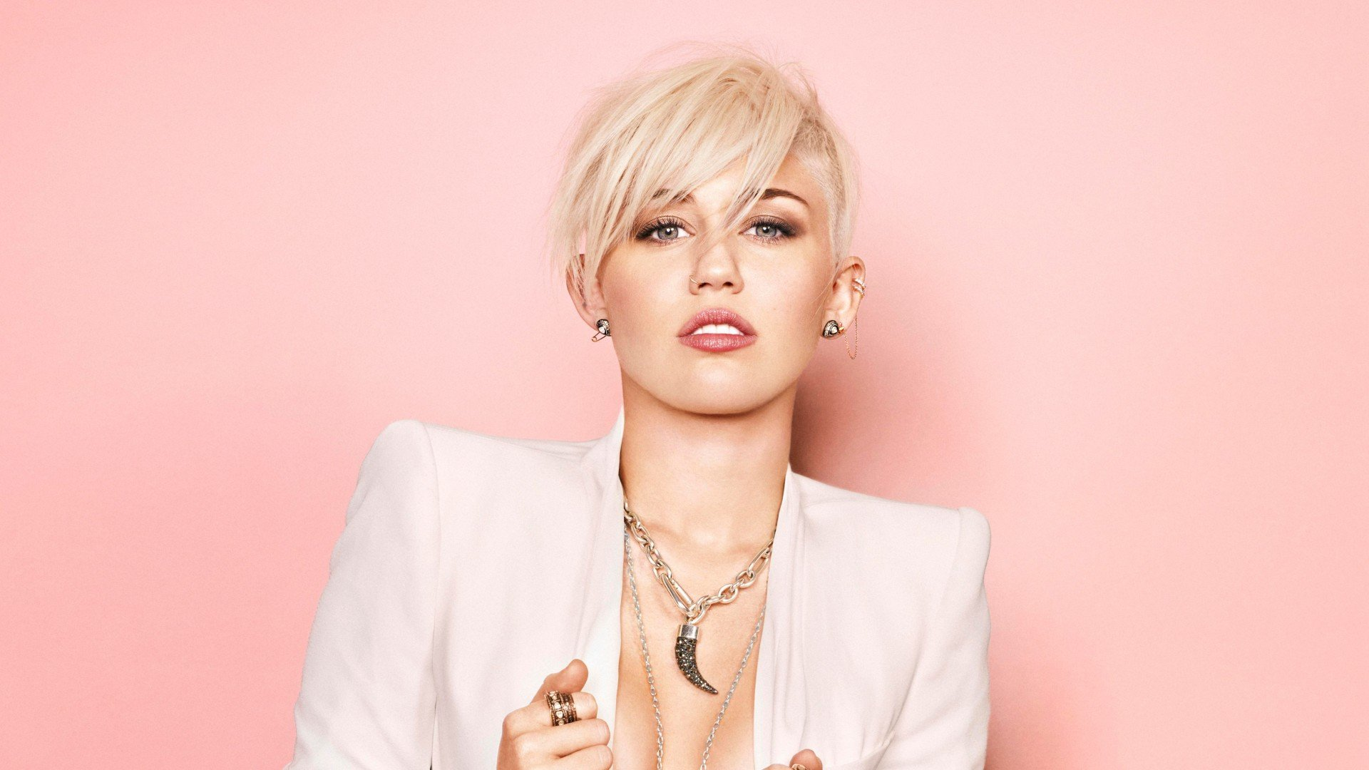 Miley Cyrus New Photoshoot Wallpaper HD-1920x1080