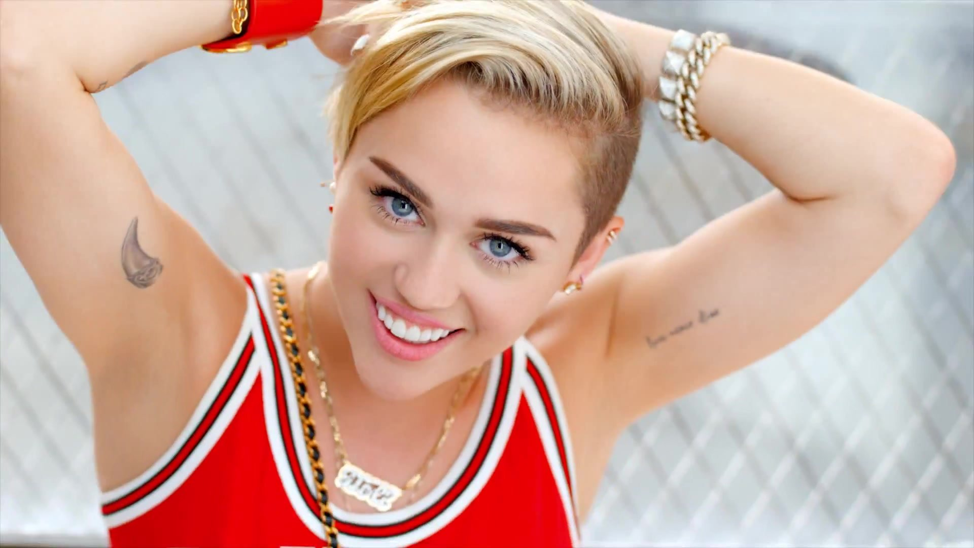 Miley Cyrus Photo Free Download Wallpapers 19