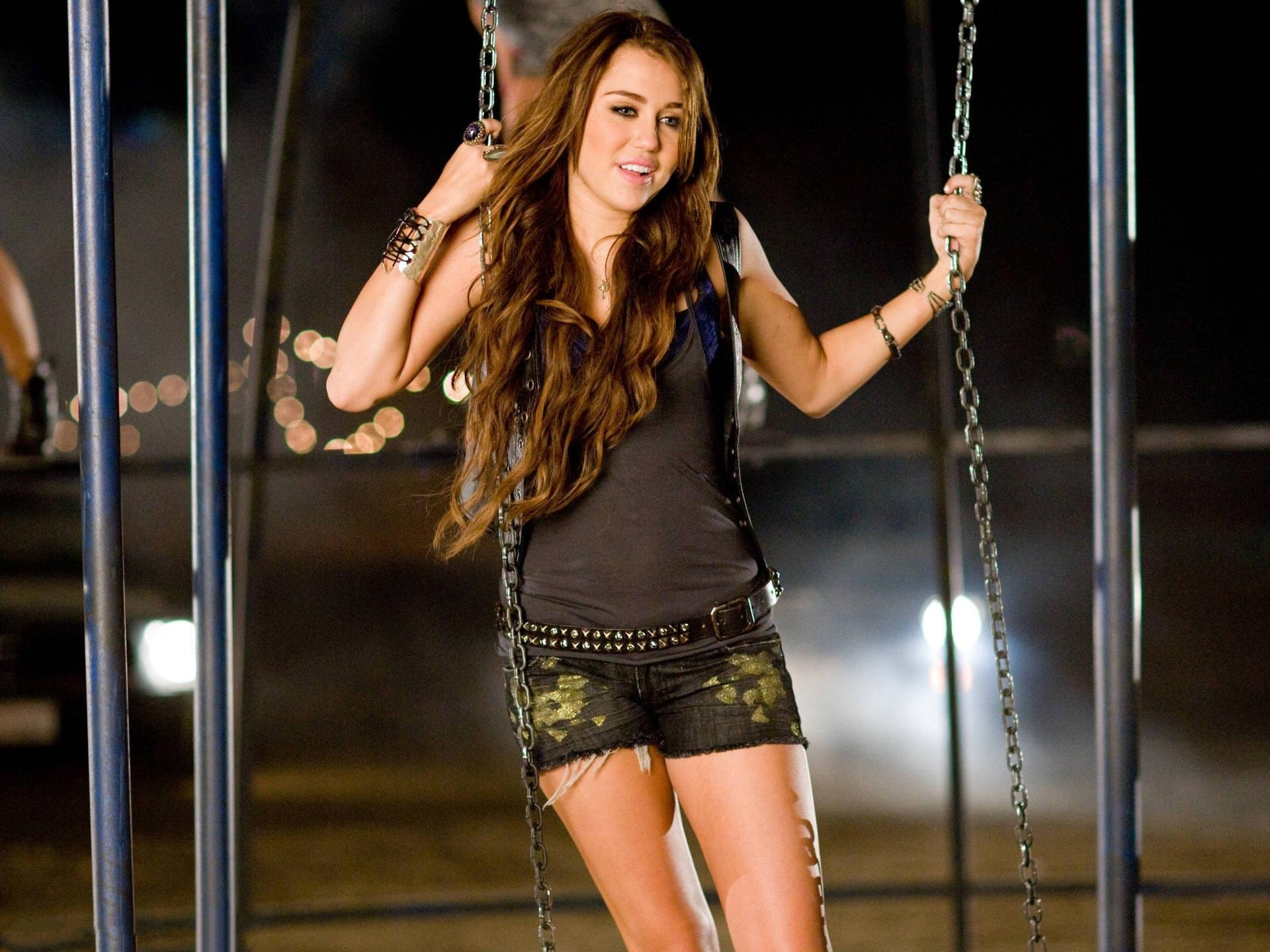 Miley Cyrus Photo Free Download Wallpapers