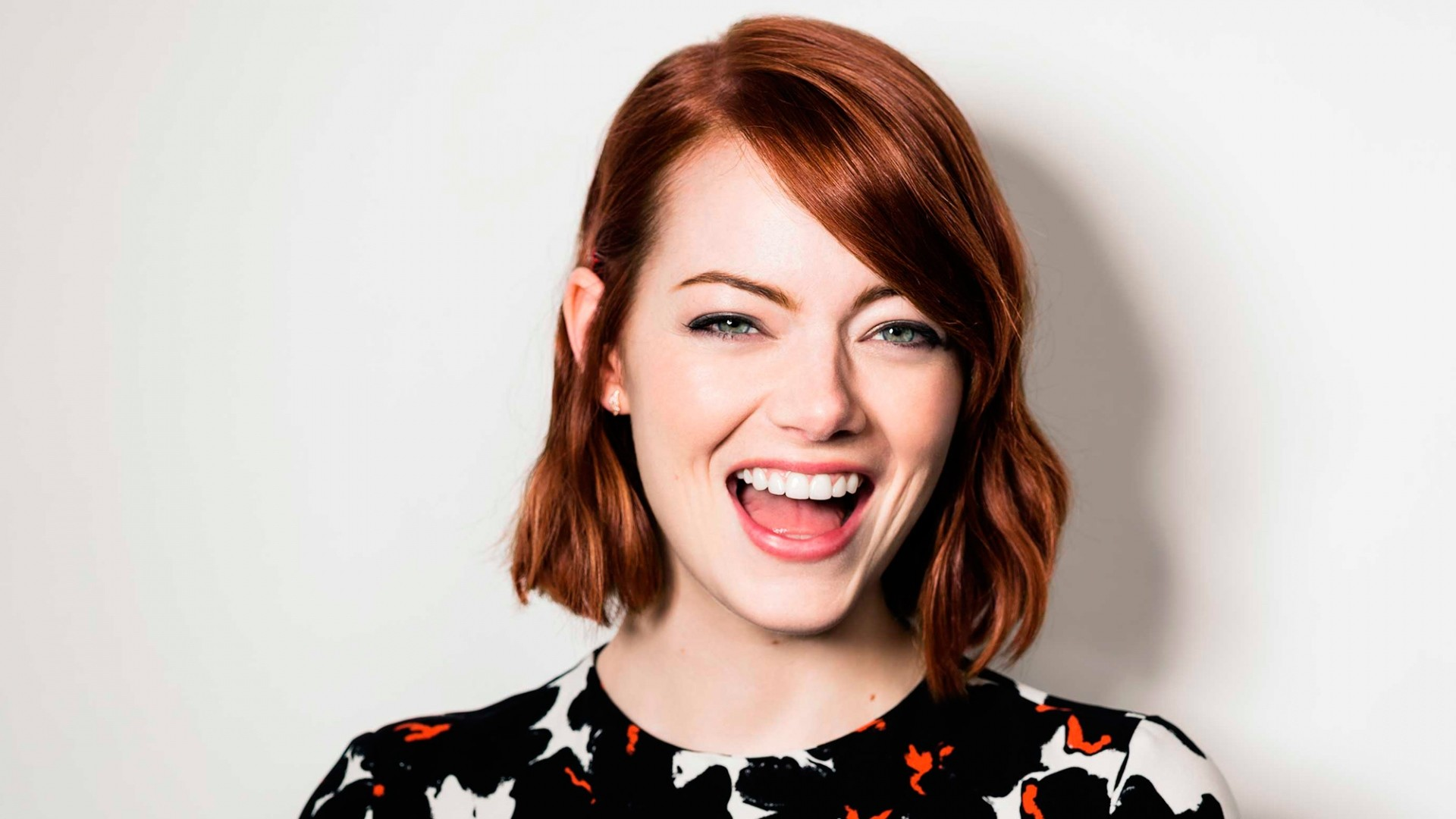 emma stone blonde hair photo