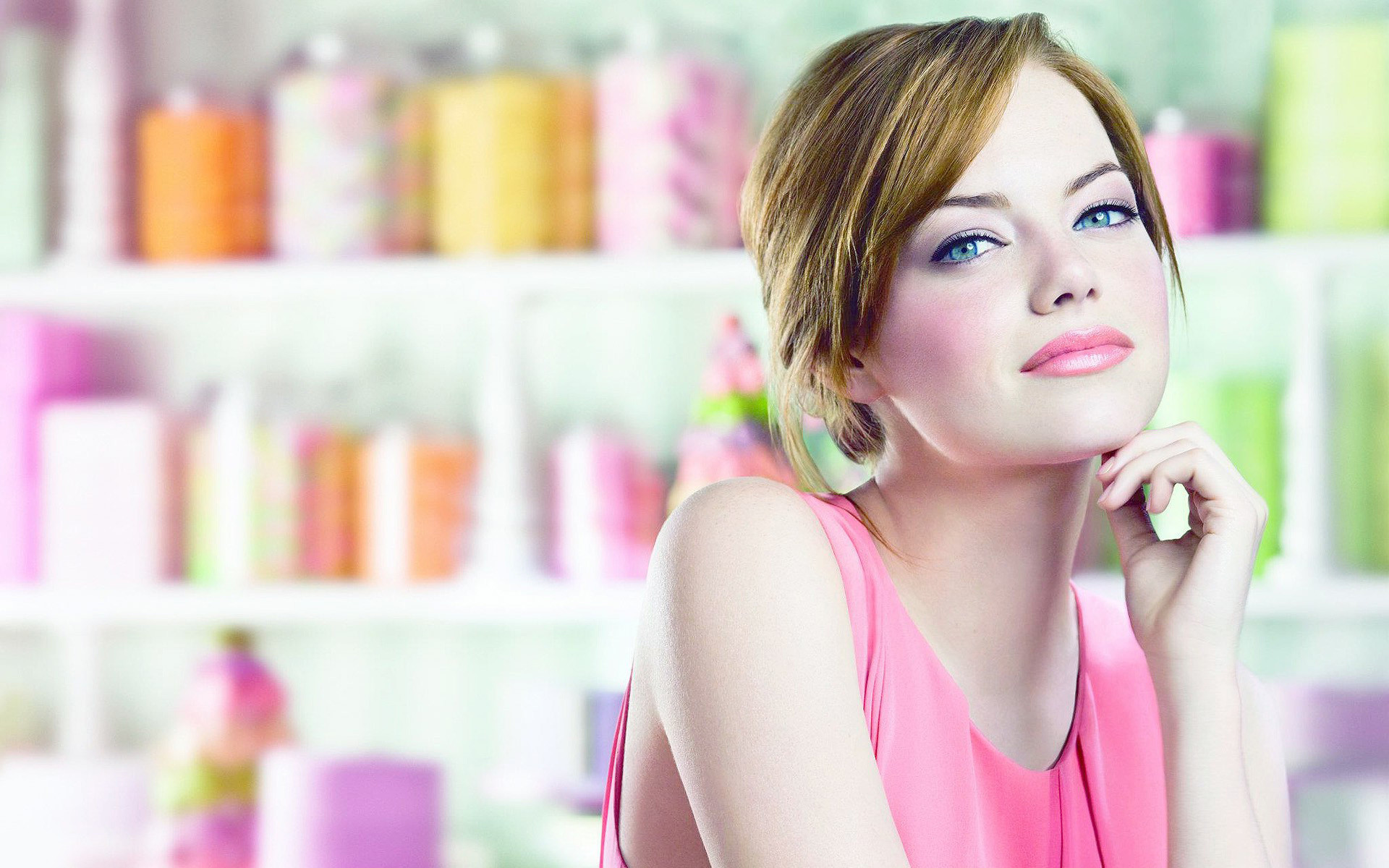 emma stone makeup photo