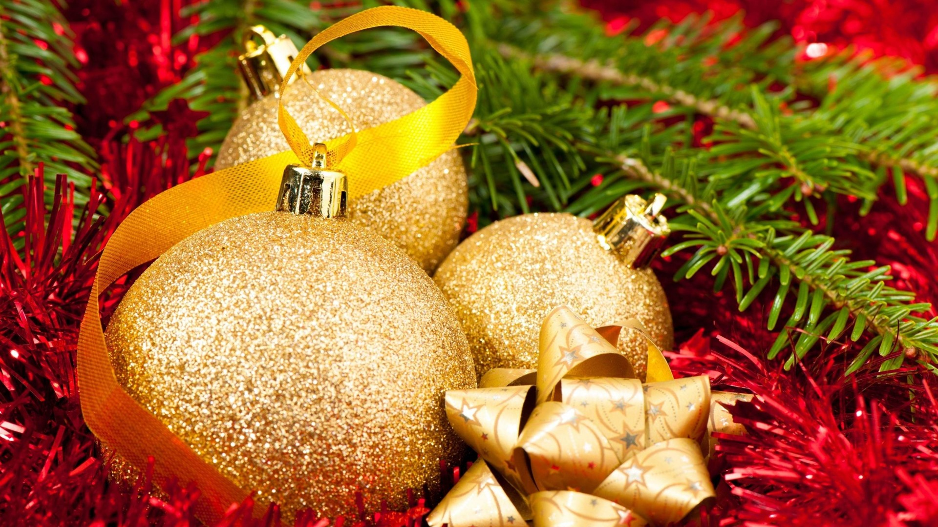 Christmas tree decorations tinsel balls wallpaper 1920x1080